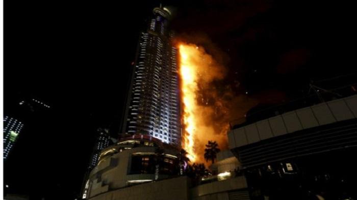 151231183002_dubai_hotel_fire_624x351_reuters_nocredit